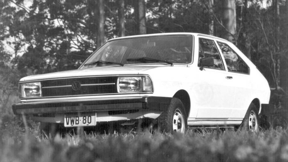 Em 1979, o Passat passa a exibir novo visual, como faróis retangulares e nova grade. O motor ganha uma versão a etanol