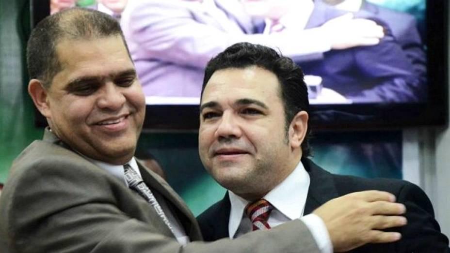 Pastor Marcos Pereira, ao lado do também pastor e deputado Marco Feliciano