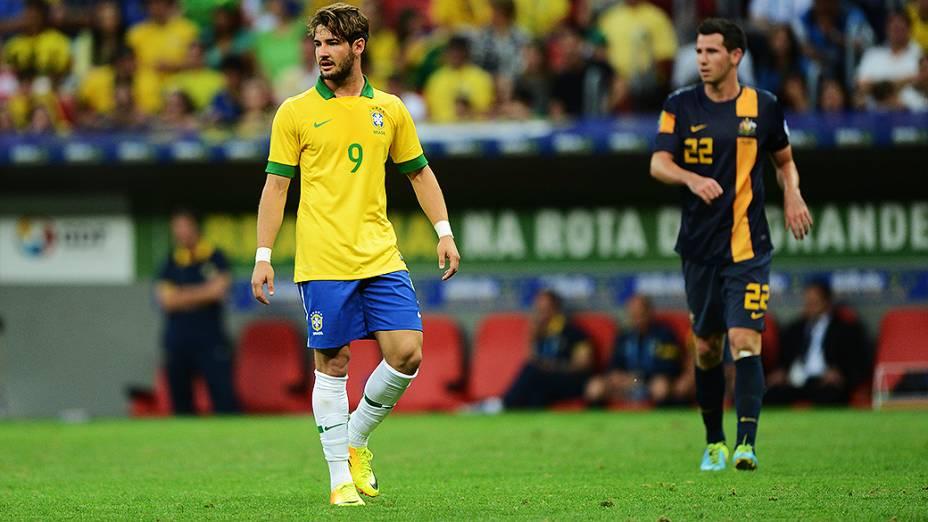 Alexandre Pato durante o amistoso entre Brasil e Austrália no estádio Mané Garrincha em Brasília