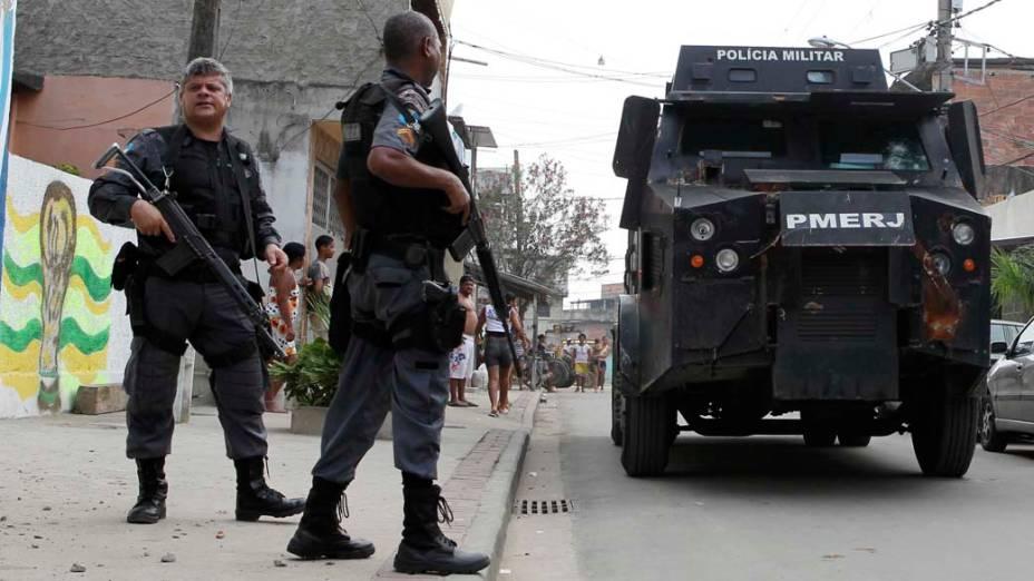 Na quarta-feira, dia 24 de novembro, patrulha policial na comunidade Mandela 2, no Rio de Janeiro