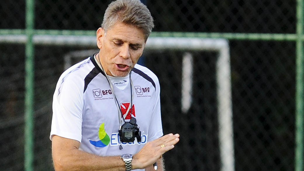 Paulo Autuori deixa o comando do Vasco | VEJA