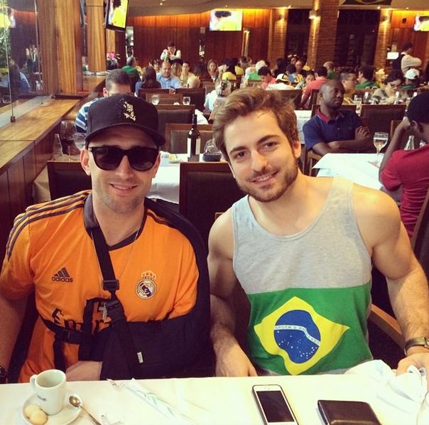 Após acidente em show, Paulo Gustavo torce pelo Brasil nesta terça-feira