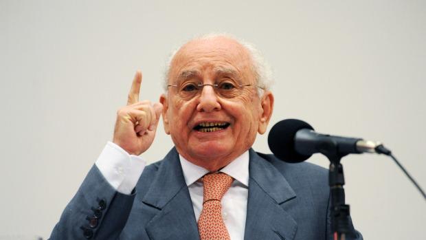 pedro-novais-ministro-turismo-20110817-original.jpeg