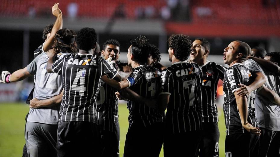 Disputa de pênaltis na semifinal do Campeonato Paulista no estádio do Morumbi