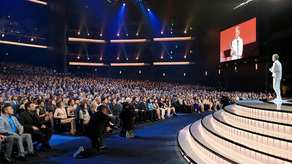 Ellen DeGeneres durante a premiação do Peoples Choice Awards 2015, no Nokia Theatre, em Los Angeles