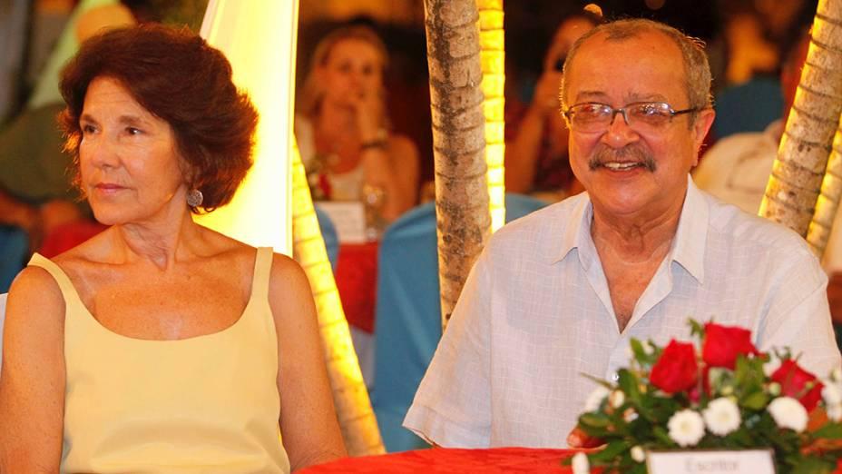 O escritor baiano, João Ubaldo Ribeiro, comemora seu aniversario de 70 anos junto da esposa, Berenica Ribeiro, em Salvador, na Bahia<br><br>