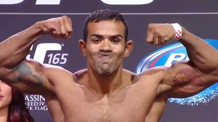 Pesagem do UFC 165, em Toronto:Michel Trator