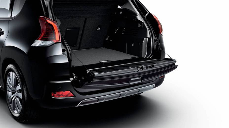 Peugeot 3008 teve a frente redesenhada