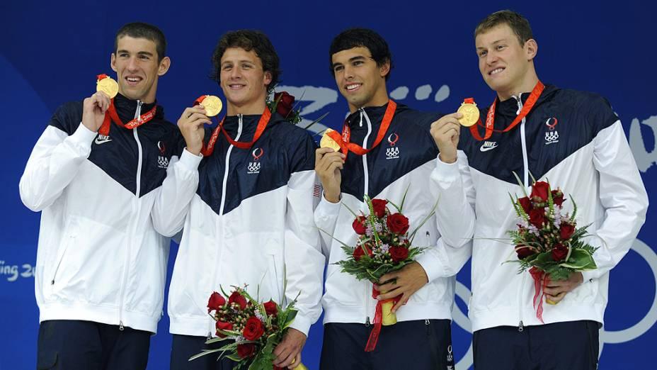 Ouro no revezamento 4x200m livre em Pequim-2008