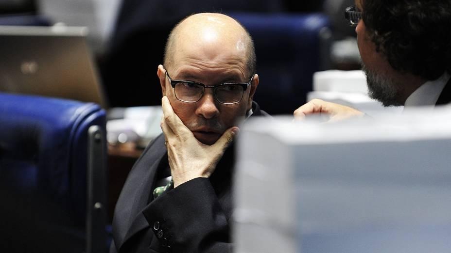 Demóstenes Torres (sem partido-GO) acompanha votação do processo que pode levar à cassação de seu mandato no Senado