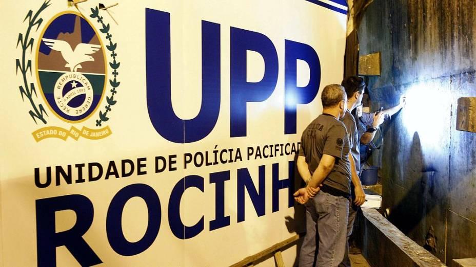 Polícia Civil continua buscas pelo corpo de Amarildo na Rocinha