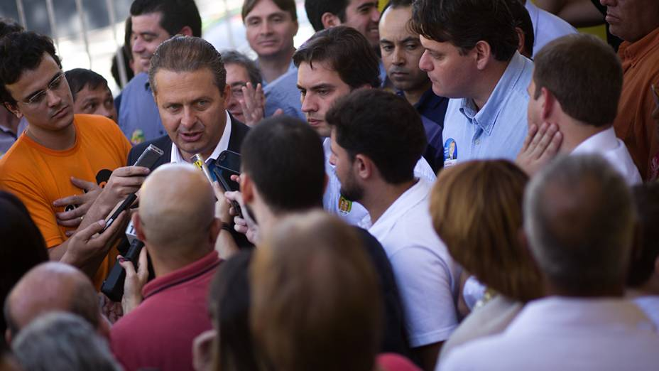 Eduardo Campos, candidato do PSB à Presidência, durante um discurdo de inauguração do espaço político Coragem para Mudar o Brasil, na última terça-feira (22), em Limeira, interior de São Paulo