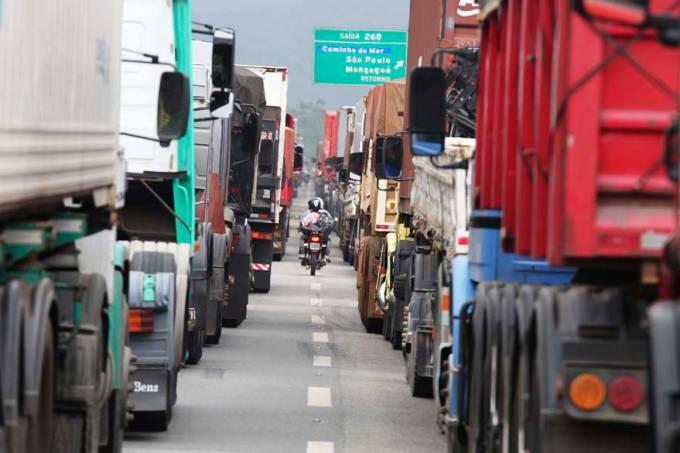 porto-de-santos-engarrafamento-soja-2013-41-original.jpeg