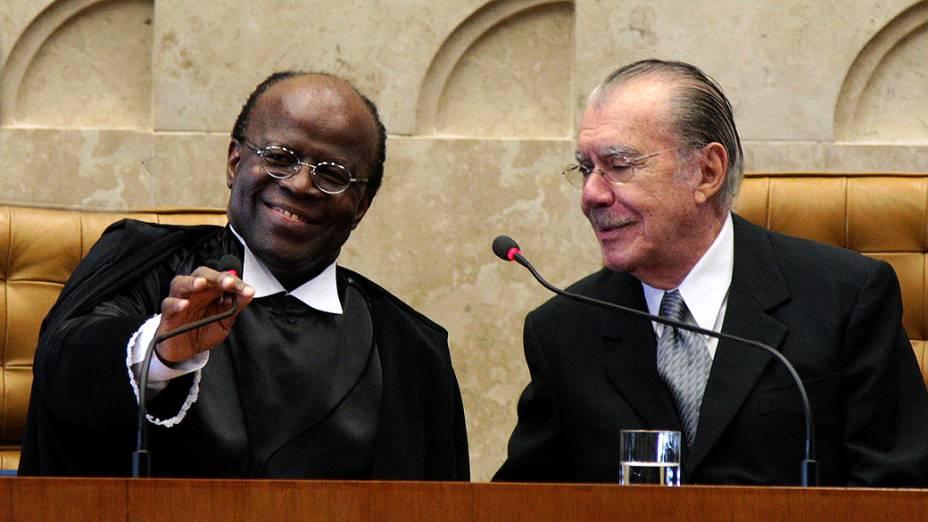O presidente do STF, Joaquim Barbosa, e o presidente do Senado, José Sarney, durante solenidade de posse do novo ministro do STF, Teori Zavascki