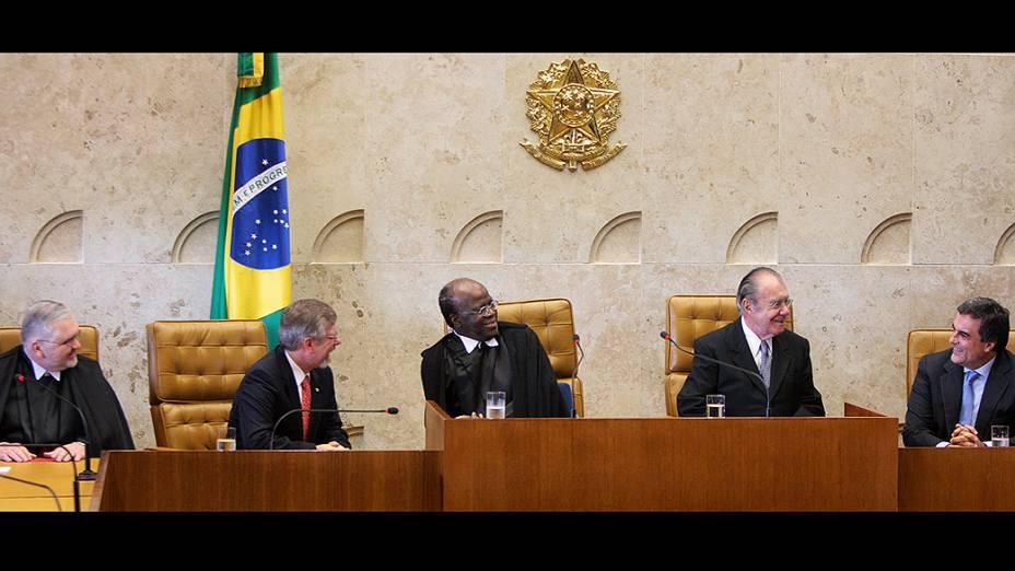 Solenidade de posse do novo ministro da Corte, Teori Albino Zavascki