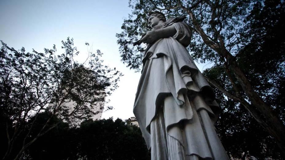 Monumento na Praça Tiradentes, Rio de Janeiro