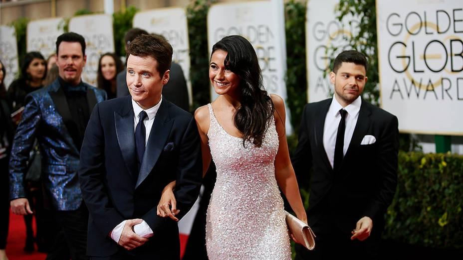 Kevin Connolly e Emmanuelle Chriqui durante 72ª edição do Globo de Ouro, prêmio da associação de correspondentes de Hollywood que elege os melhores do cinema e da TV, em Los Angeles, nos EUA