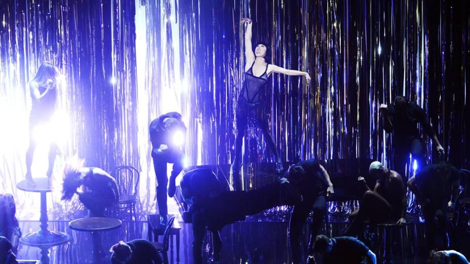 Catherine Zeta-Jones  em performance de Chicago durante cerimônia do Oscar 2013