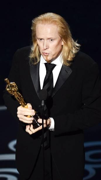 Paul N. J. Ottosson recebe Oscar de Melhor edição de som por A Hora Mais Escura durante premiação da academia