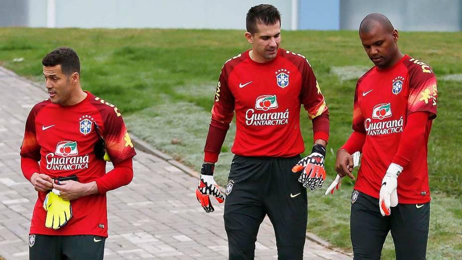 Treino dos goleiros da seleção brasileira na manhã desta terça-feira (27)