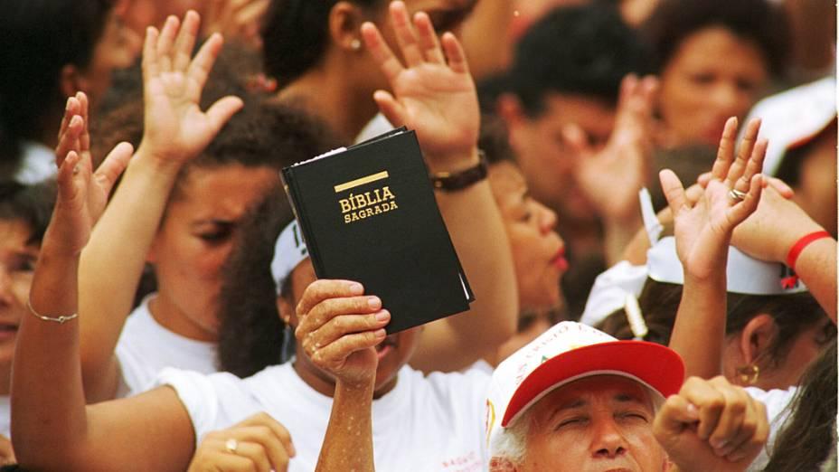 Eventos evangélicos reúnem cada vez mais, grandes multidões
