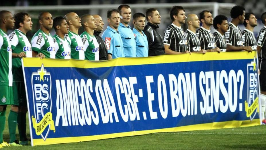 Protesto dos jogadores por mudanças no futebol brasileiro: Coritiba x Corinthians