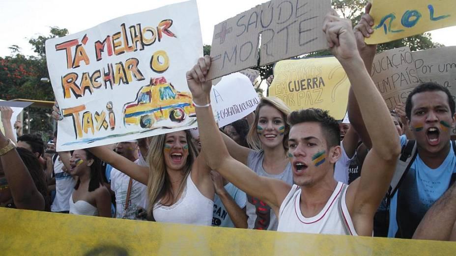 Protesto em Santa Cruz: ato pacífico na quarta-feira (27/6) pedia mais educação e saúde