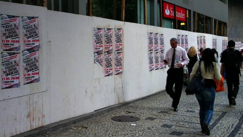 Protesto no Rio: estabelecimentos do Centro protegem fachadas para ato marcado para esta quinta (11/7)