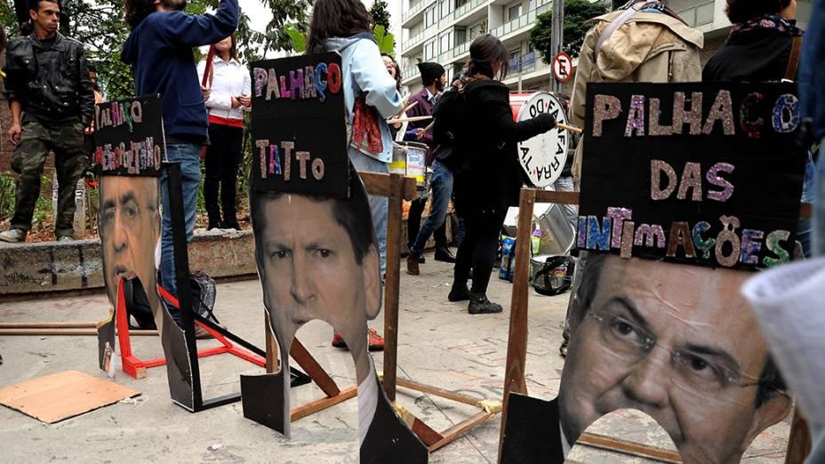 Movimento Passe Livre (MPL) faz prostesto em São Paulo nesta quinta-feira (19)