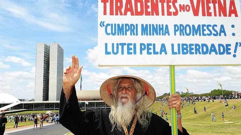 Milhares de pessoas participaram da marcha de protestos, neste sábado (07), em Brasília