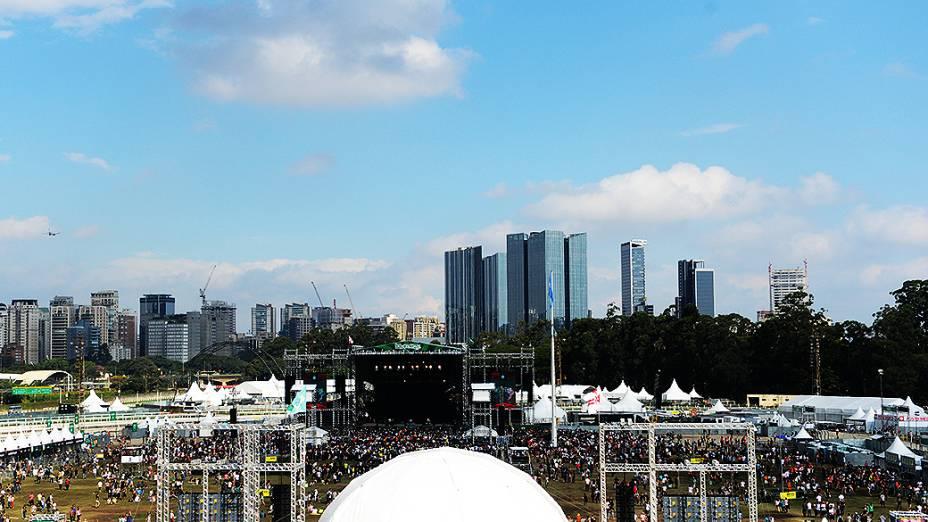 Público compareceu no segundo dia do festival Lollapalooza em São Paulo