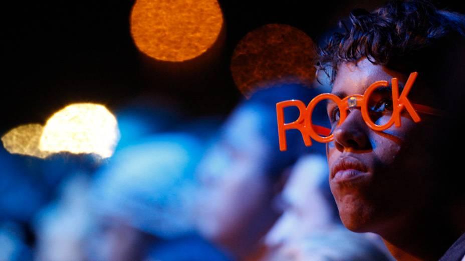 Garoto durante o show dos Paralamas do Sucesso e Titãs no palco Mundo, no primeiro dia do Rock in Rio, em 23/09/2011