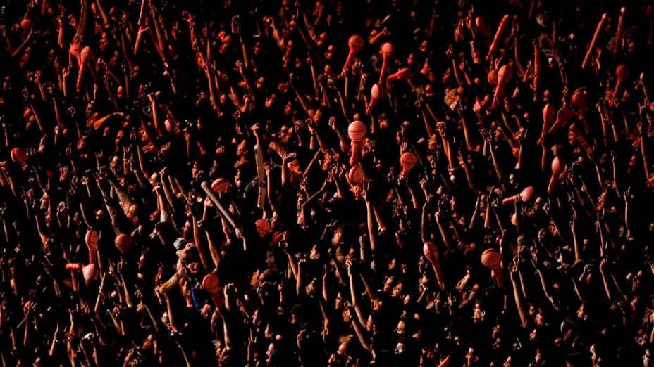 Público durante show no palco Mundo, no primeiro dia do Rock in Rio, 23/09/11