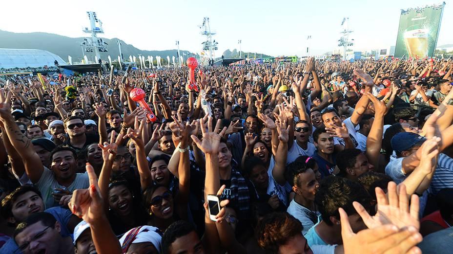 Fãs de Beyonce esperam pelo show da cantora, no Rock in Rio