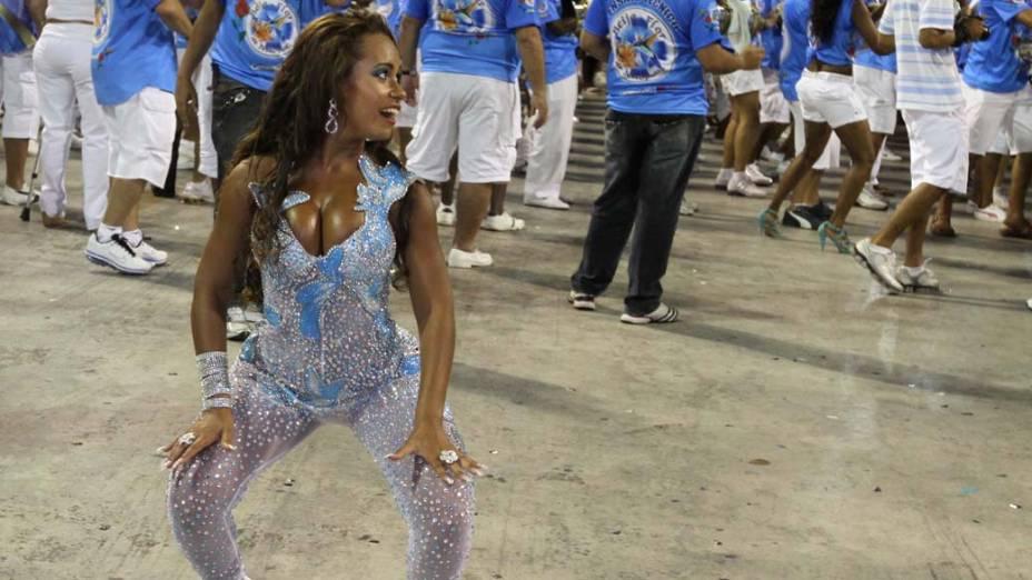 Raíssa Oliveira no ensaio da Beija-Flor, Rio de Janeiro