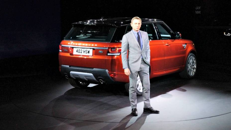 O novo Rover Sport: opções de motores V6 3.0 litros, com 258 e 292 cv, e um V8 4.4 l, com 339 cv