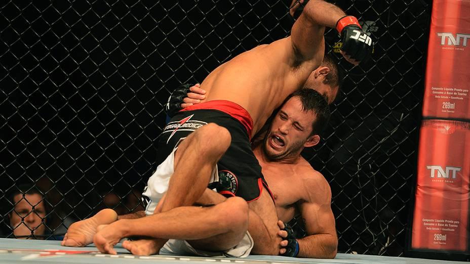 O brasileiro Rani Yahya vence Josh Clopton (EUA) no Ultimate Fighting que volta ao Rio de Janeiro (RJ), para o evento UFC 163, ou simplesmente UFC Rio 4