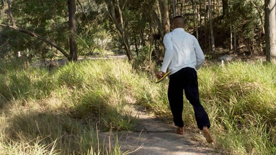 Menor foge pela mata próxima à Fundação Casa na Vila Leopoldina zona oeste