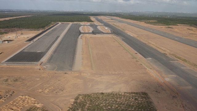 Reforma de aeroportos para a Copa do Mundo de 2014: em Natal, a Infraero realiza a terraplanagem para a construção das pistas do aeroporto de São Gonçalo do Amarante. Acredita-se que ele não ficará pronto a tempo de receber os visitantes no Mundial