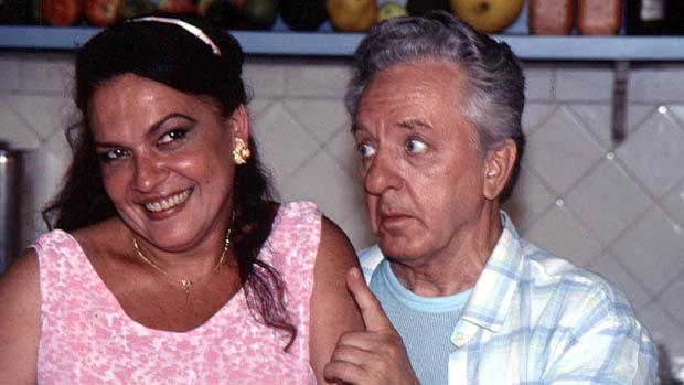 Regina Dourado e Rogério Cardoso na novela Explode Coração