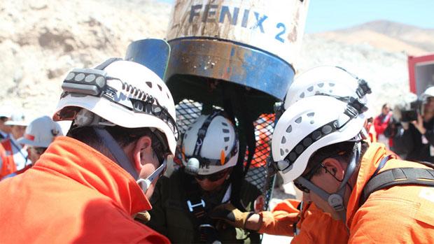 Os resgates evoluíram bem durante o dia todo: agora, restam apenas oito trabalhadores no interior da mina