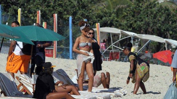 Rihanna na Praia de Ipanema