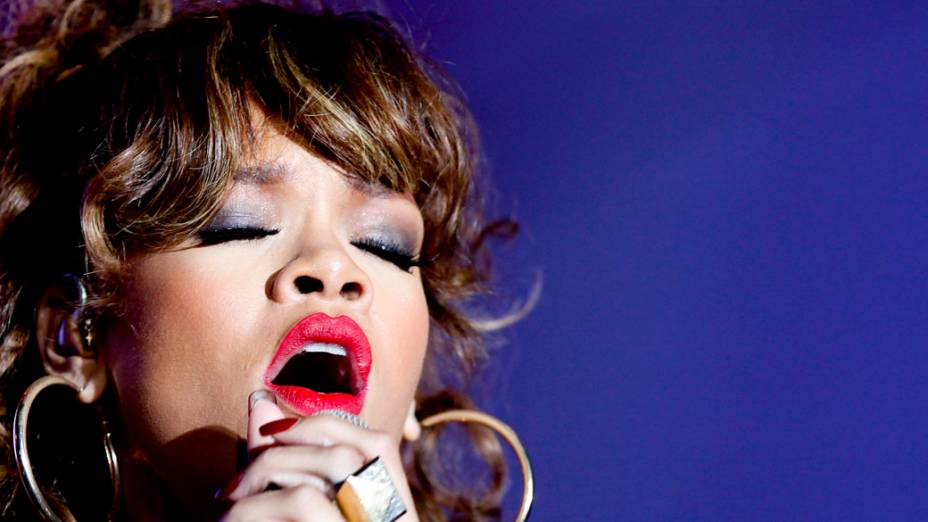 Rihanna durante show no palco Mundo, no primeiro dia do Rock in Rio, em 23/09/2011
