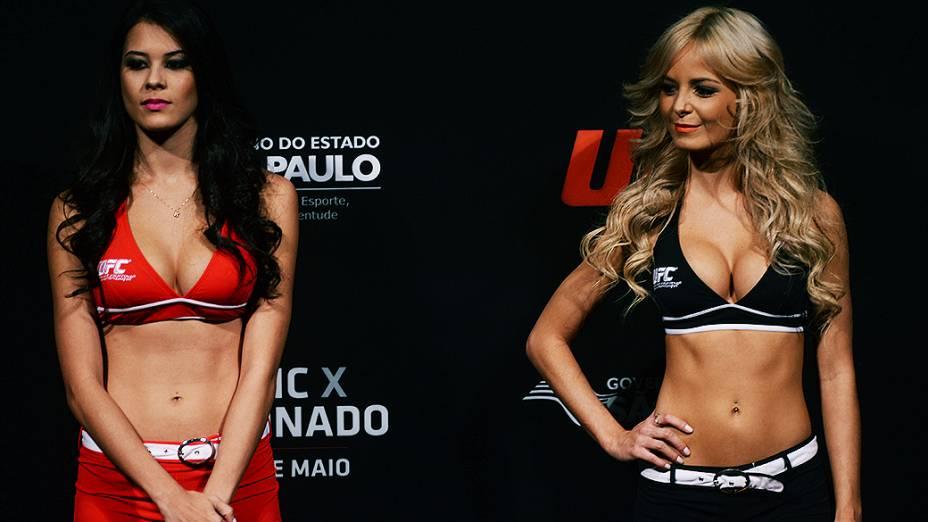 Ring Girls durante a pesagem do UFC em São Paulo
