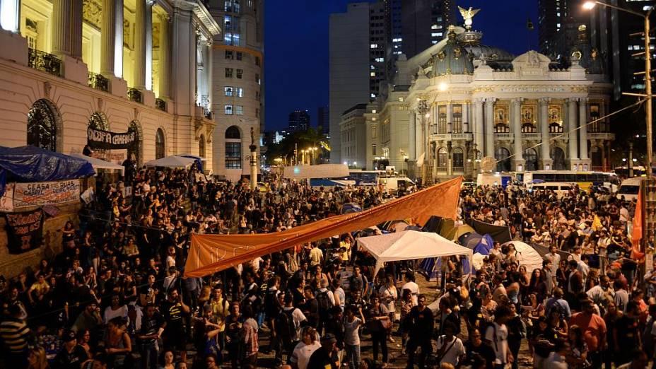 Rio: protesto no Centro tumultuou o entorno da Câmara Municipal nesta segunda (30/9)