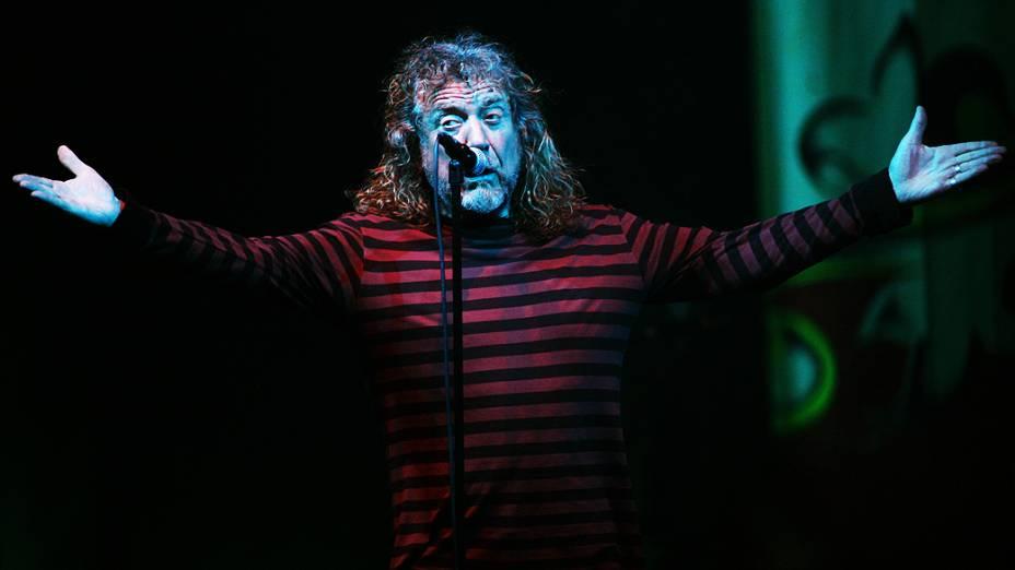 Robert Plant, ex-vocalista do Led Zeppelin, faz show em São Paulo, no Espaço das Américas, em 22/10/2012