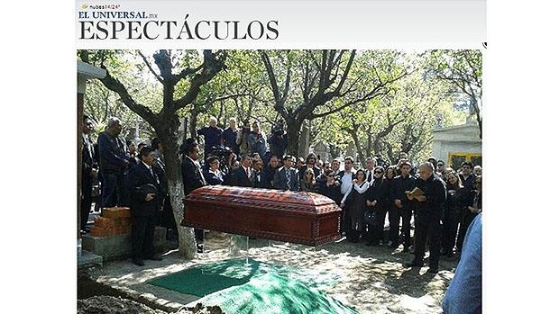 Enterro de Roberto Bolaños, no México
