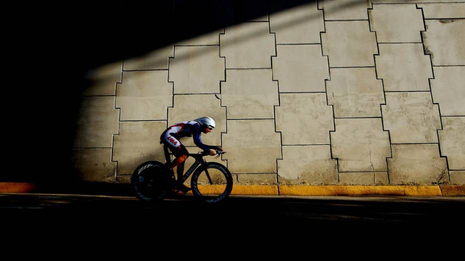 A americana Robin Elizabeth Farina durante circuito de ciclismo no segundo dia dos Jogos Pan-Americanos, em Guadalajara, México, em 16/10/2011