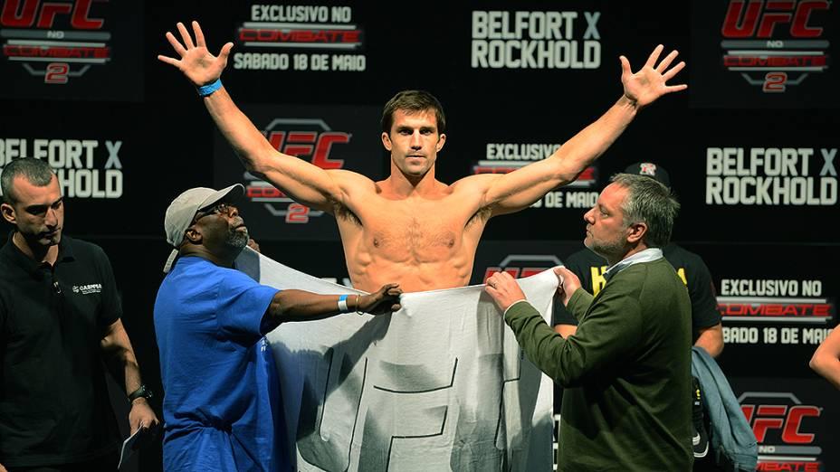 Luke Rockhold durante a pesagem do UFC Jaraguá do Sul em (SC)