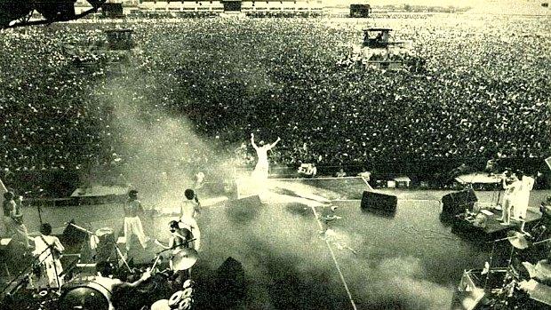 Ney Matogrosso na abertura do Rock in Rio 1